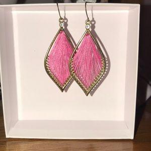 Jewelry - Pink dangle earrings